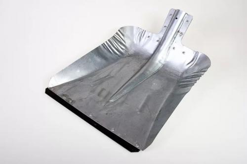 Лопата снеговая  ЛС-9 алюминиевая s-1,5мм (380х380мм) стальная планка внутренее крепление без черенка