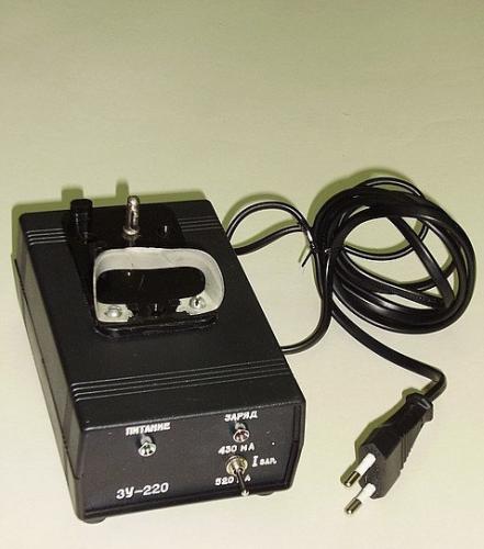 Зарядный блок АИЗУ-ЗНК для СГВ-2 220В 10ч 12,5/20Вт Пр.1,5/2А (для10Ач/3,6В) 0,8кг
